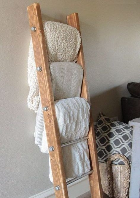 Easy DIY Projects Anyone Can Do For Apartment Decoration 19