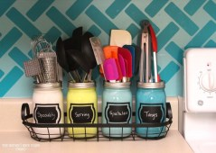 Easy DIY Projects Anyone Can Do For Apartment Decoration 23