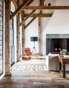 Farmhouse Interior Ideas That Will Inspire Your Next Remodel 21