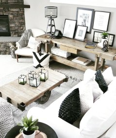 Farmhouse Interior Ideas That Will Inspire Your Next Remodel 29