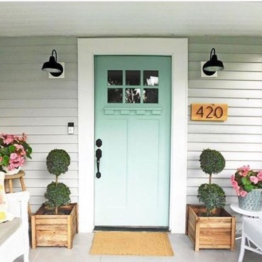 Front Porch Decorating Ideas Try For Your Design 15