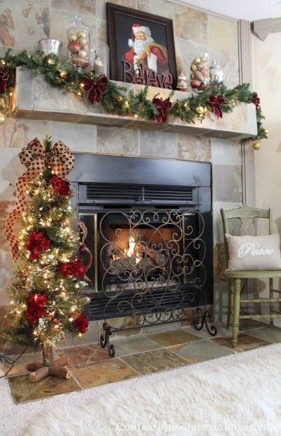 Gorgeous Christmas Mantel For Fireplace Decorate In Your House 07