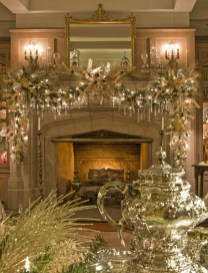 Gorgeous Christmas Mantel For Fireplace Decorate In Your House 33