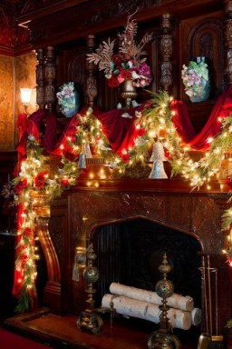 Gorgeous Christmas Mantel For Fireplace Decorate In Your House 38