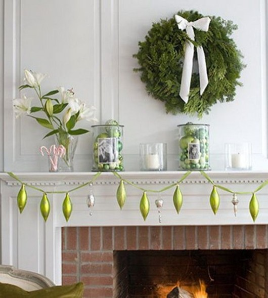 Gorgeous Christmas Mantel For Fireplace Decorate In Your House 41