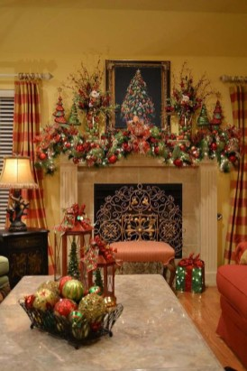 Gorgeous Christmas Mantel For Fireplace Decorate In Your House 47