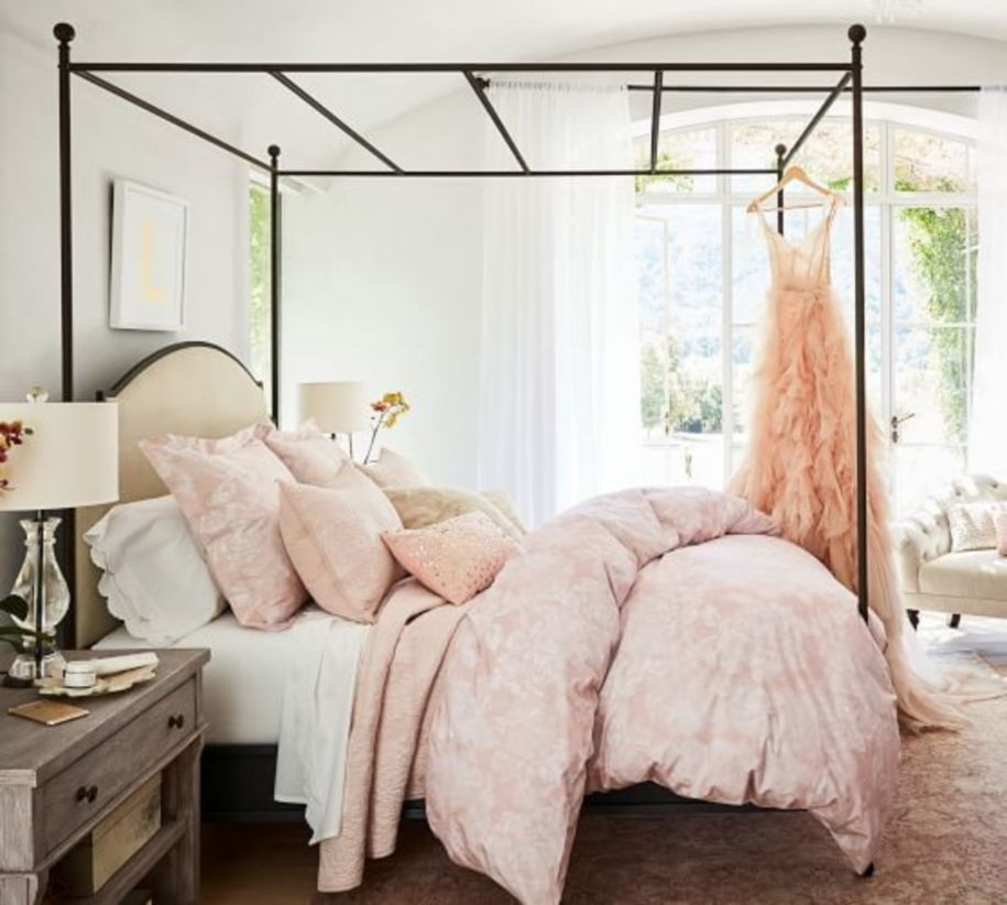 Interior Design For Your Bedroom With Scandinavian Style 27