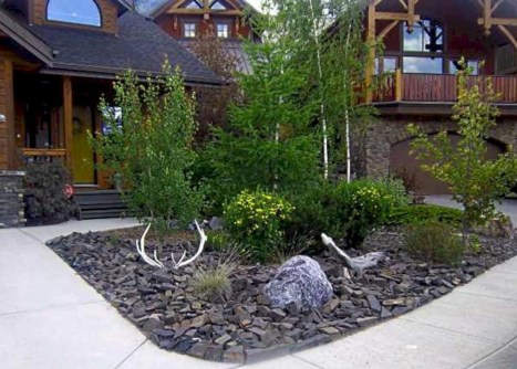 Lovely Landscaping Plans For Your Own Yard 19