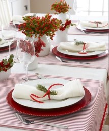 Luxury Christmas Table Decoration For Celebrating Christmas This Year 14