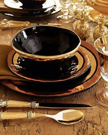 Luxury Christmas Table Decoration For Celebrating Christmas This Year 21