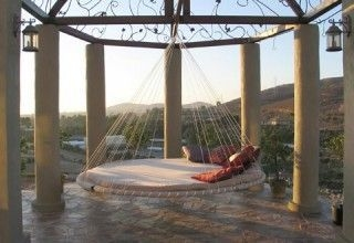 Relaxing Suspended Outdoor Beds That Will Transform Your Year 32