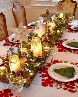 Tips To Make DIY Christmas Table Decorations 03