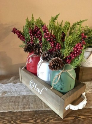 Tips To Make DIY Christmas Table Decorations 09