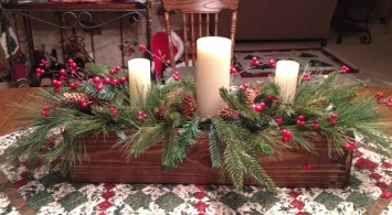 Tips To Make DIY Christmas Table Decorations 21