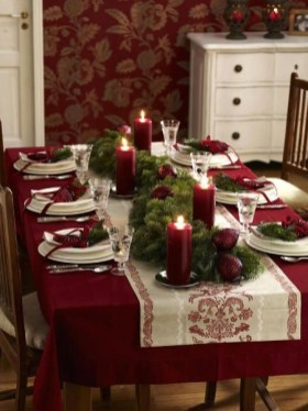 Tips To Make DIY Christmas Table Decorations 31