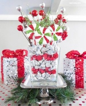 Tips To Make DIY Christmas Table Decorations 38