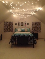Ways To Use Christmas Light In Your Room 01