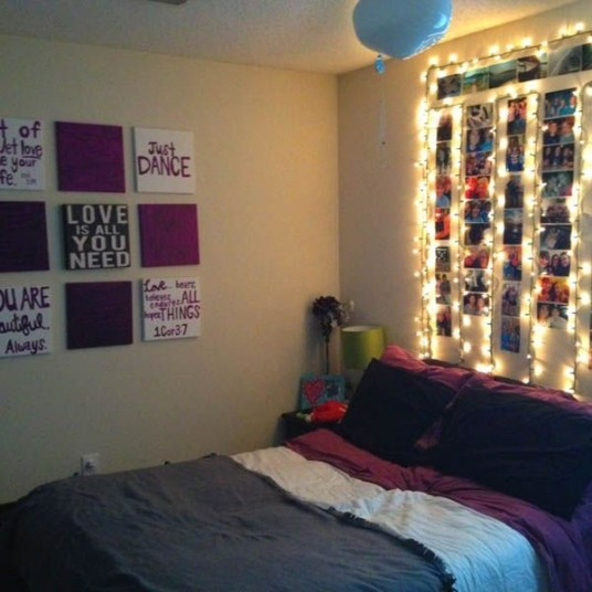 Ways To Use Christmas Light In Your Room 21