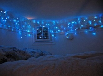Ways To Use Christmas Light In Your Room 24