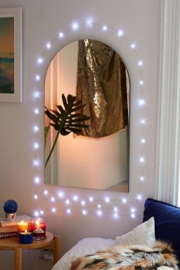 Ways To Use Christmas Light In Your Room 46
