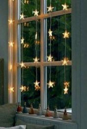 Ways To Use Christmas Light In Your Room 49