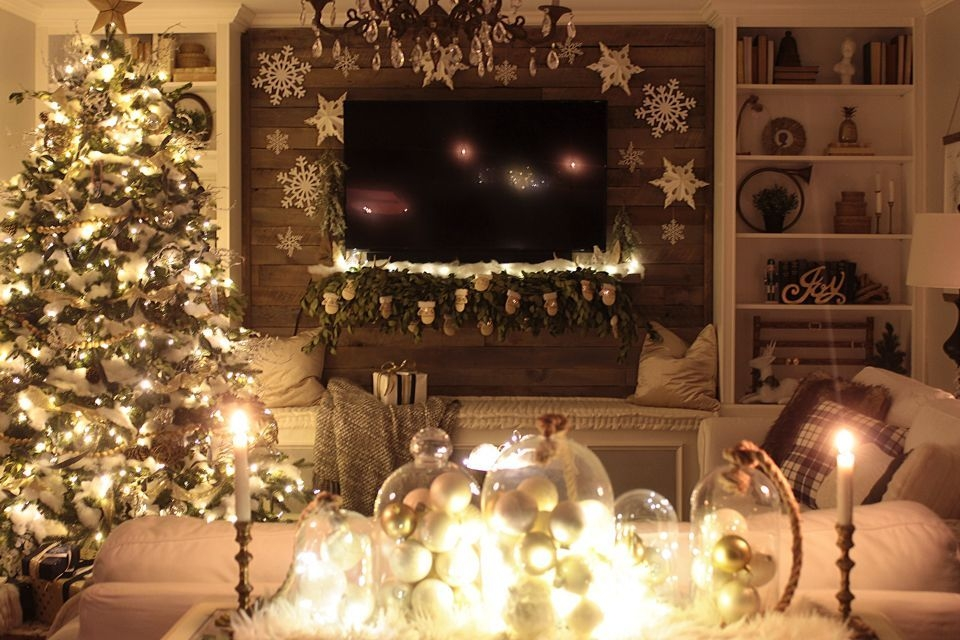 Ways To Use Christmas Light In Your Room 67