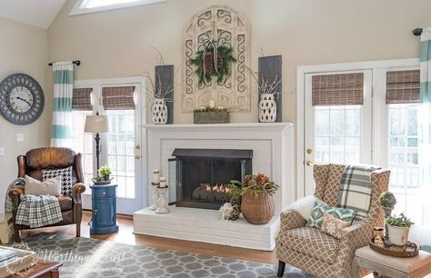 Winter Fireplace Decoration Ideas 21