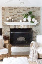 Winter Fireplace Decoration Ideas 29