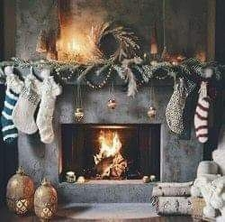 Winter Fireplace Decoration Ideas 45
