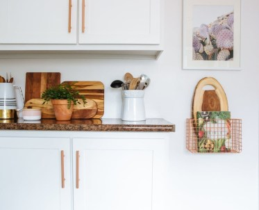 Wire Basket Ideas You Can Make For Storage 09