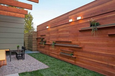 Amazing House Fence You Can Build In Your Garden 02