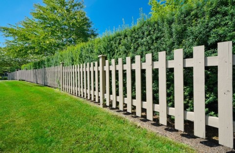 Amazing House Fence You Can Build In Your Garden 37