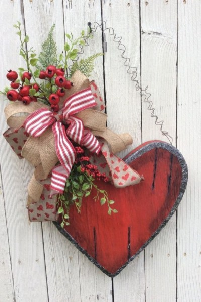 Best DIY Rustic Decoration Idea For Valentine Party 06