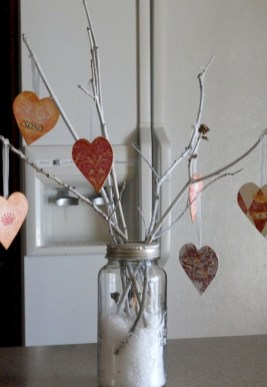 Best DIY Rustic Decoration Idea For Valentine Party 27