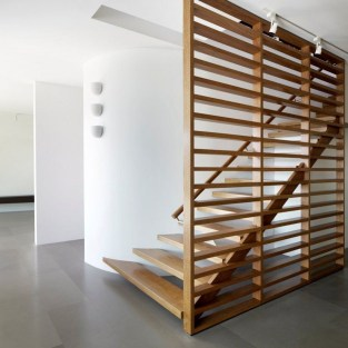 Best And Elegant Wooden Stairs In Your House 03
