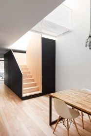 Best And Elegant Wooden Stairs In Your House 14