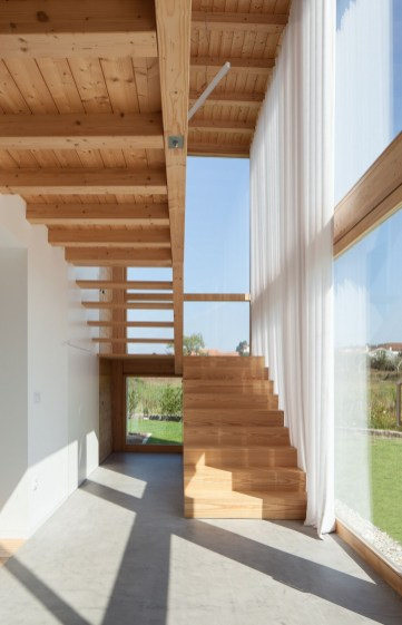 Best And Elegant Wooden Stairs In Your House 35