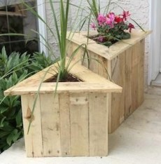 Creative And Easy Pallet Project DIY Idea Everyone Can Do 26