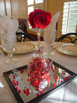 Romantic Table Decoration For Valentine's 07