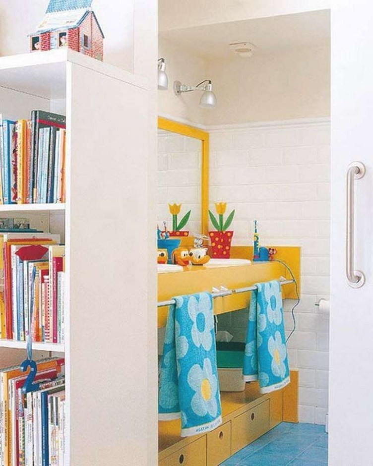 Stunning Colorful Bathroom Decoration For Your Kids 14
