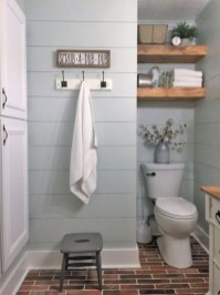 Vintage Farmhouse Bathroom Decor You Will Try 10