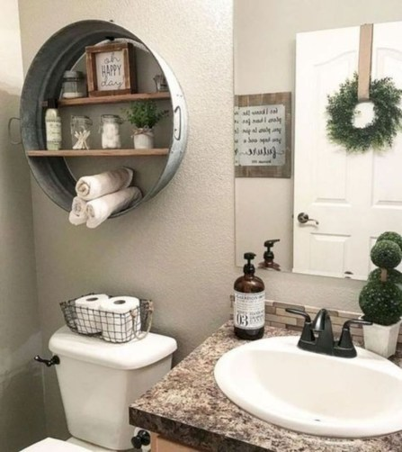 Vintage Farmhouse Bathroom Decor You Will Try 26