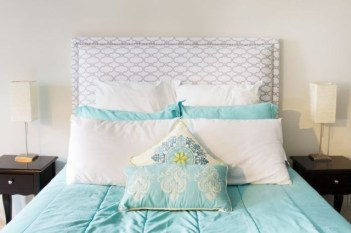 Cheap And Easy DIY Headboard For Your Bedroom 04
