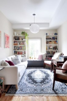 Cozy And Simple Rug Idea For Small Living Room 31