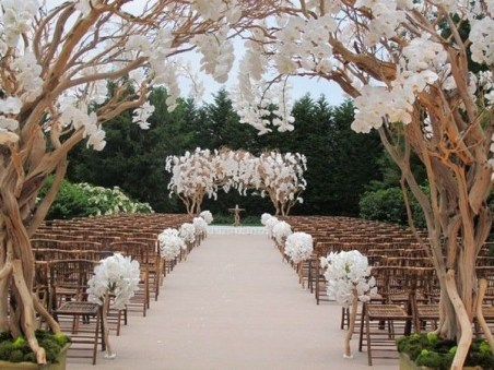 Create Beautiful Outdoor Wedding Decoration You Will Love 06