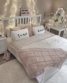 Impressive Bedroom Decoration Idea For Teen Style 30