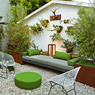 Incredible Small Backyard Ideas For Relax Space 13