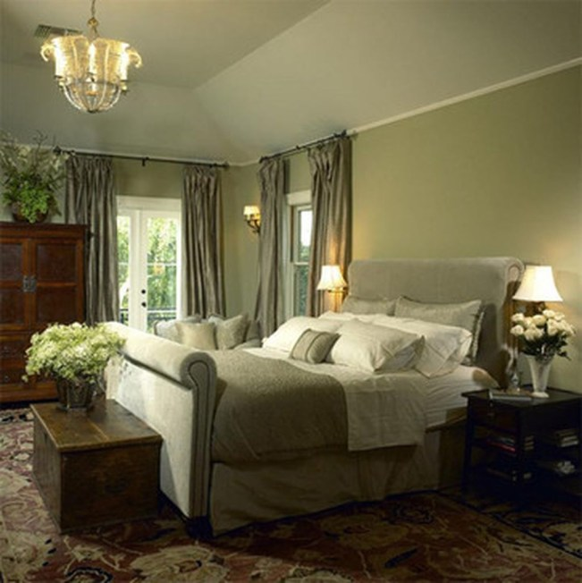 Stylish And Elegant Master Bedroom Idea For Your Family 17