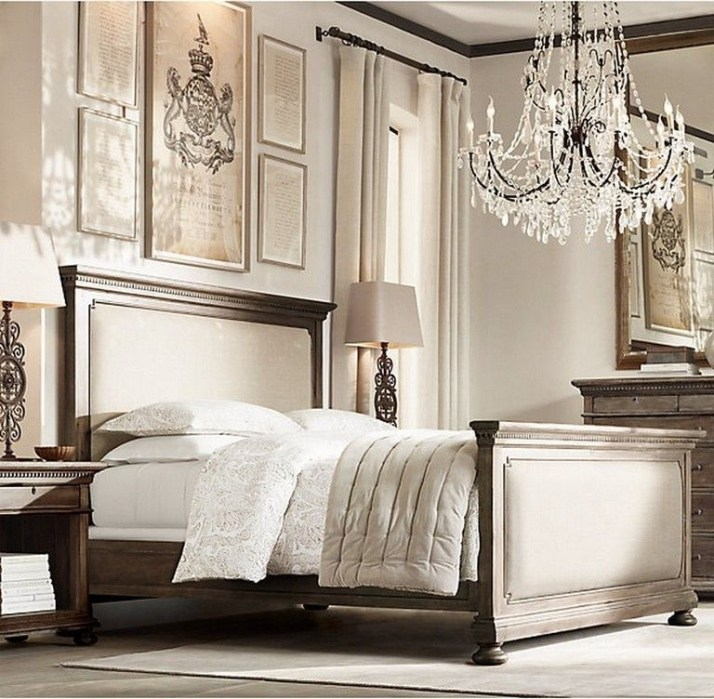 Stylish And Elegant Master Bedroom Idea For Your Family 22