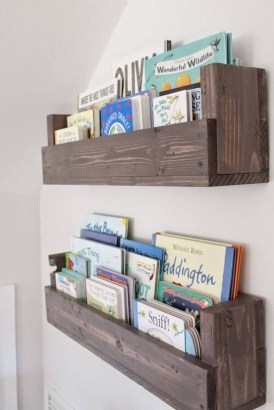 Amazing DIY Bookshelves You Can Do 25